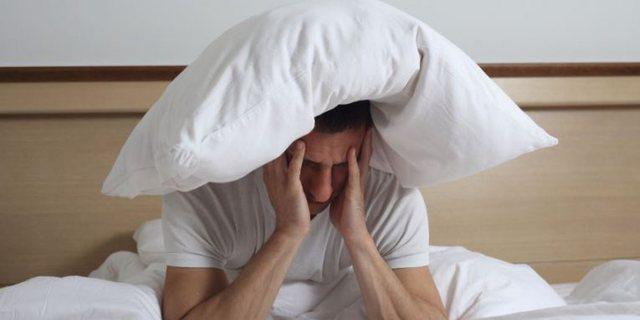 Çfarë ndodh nëse nuk fle gjumë për 24 orë?!