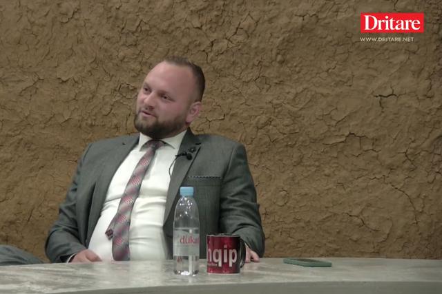 Halit Valteri i bashkohet PS/ Deputeti: Kam votat e të djathtës