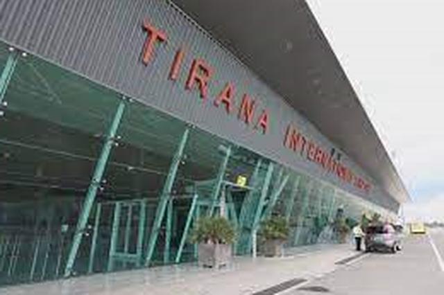 Situata në aeroport/ Reagon kreu i FTT: Grevë e stisur nga politikat e