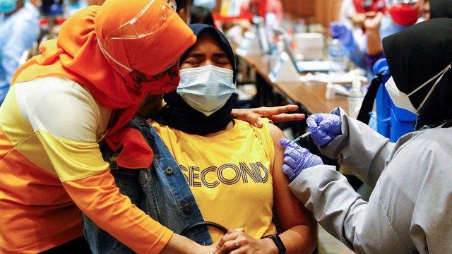 A mund të vaksinohen ata që agjërojnë? Ja çfarë