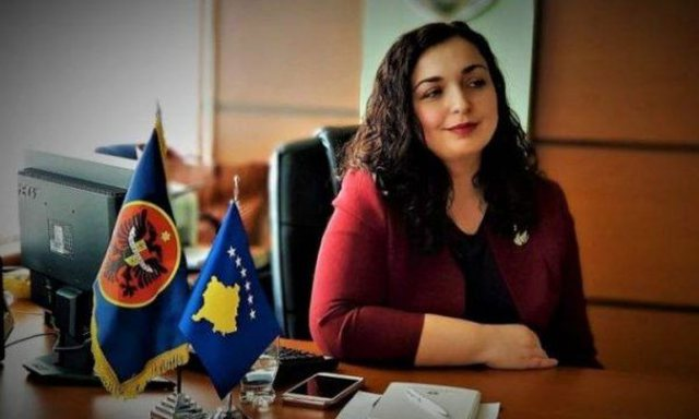 Milaim Zeka: Vjosa Osmani duket si vajza e Sali Berishës, e zier në