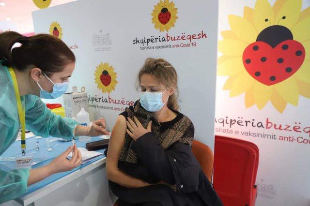 517.501 të vaksinuar në vend/ Kur mund të arrihet imuniteti i