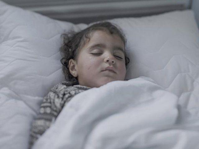 Zgjohuni të na zgjoni/ Historia e pabesueshme e gjumit që të mban