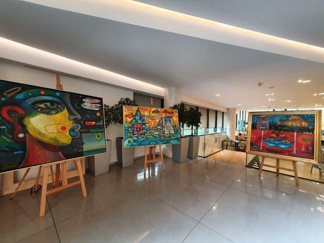 Credins Bank vazhdon të mirëpresë artistët dhe artin e tyre!