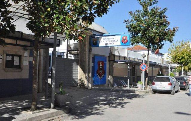 Ngjarje e rëndë në Elbasan, ish-polici vret gruan!