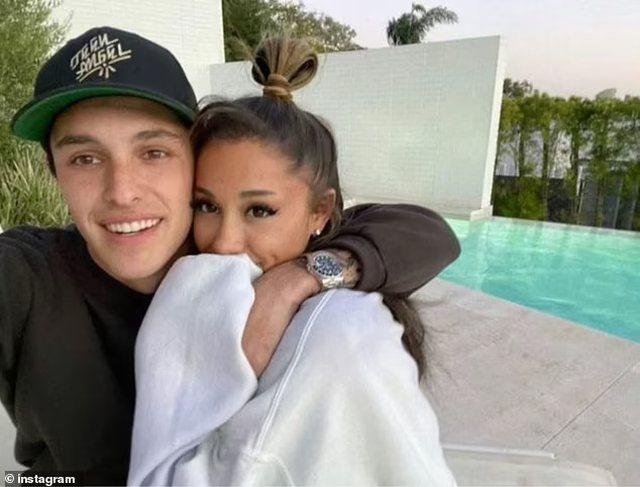 Martohet Ariana Grande