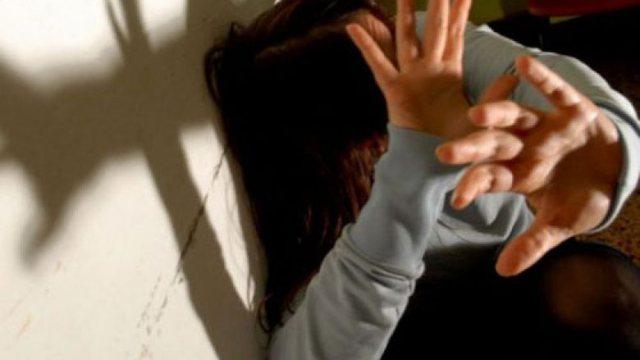 Mirditë/Shantazhohej nga 5 persona, 15-vjeçarja dhunohej seksualisht