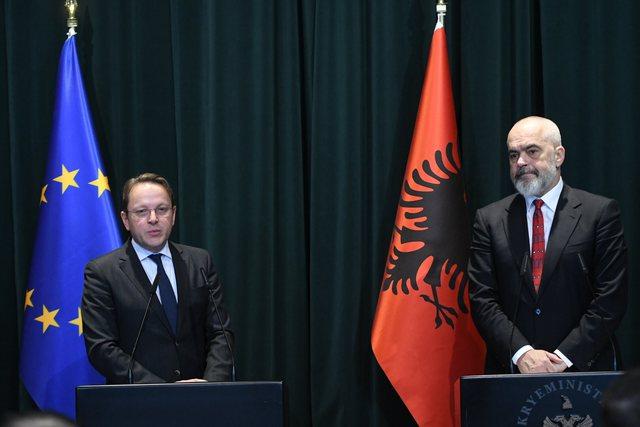 Në pritje të nisjes së Samitit të Ballkanit. Ja axhenda
