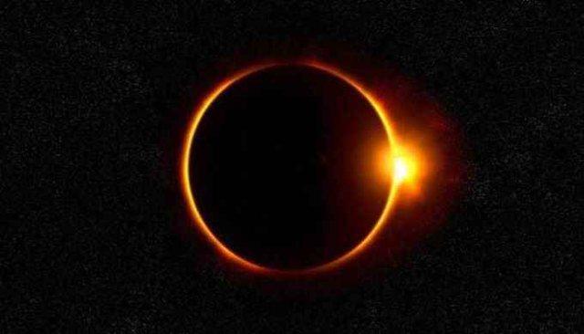 Sot sytë nga qielli, ndodh eklipsi diellor unazor!