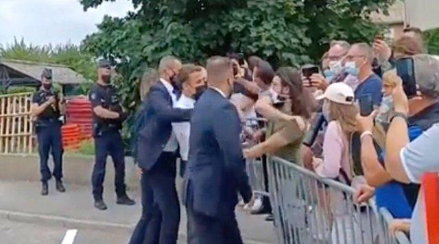 Goditi me shuplakë presidentin francez, gjykata jep dënimin për