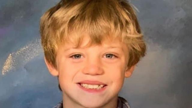 Një hero 10-vjeçar/ Humb jetën pasi shpëton motrën