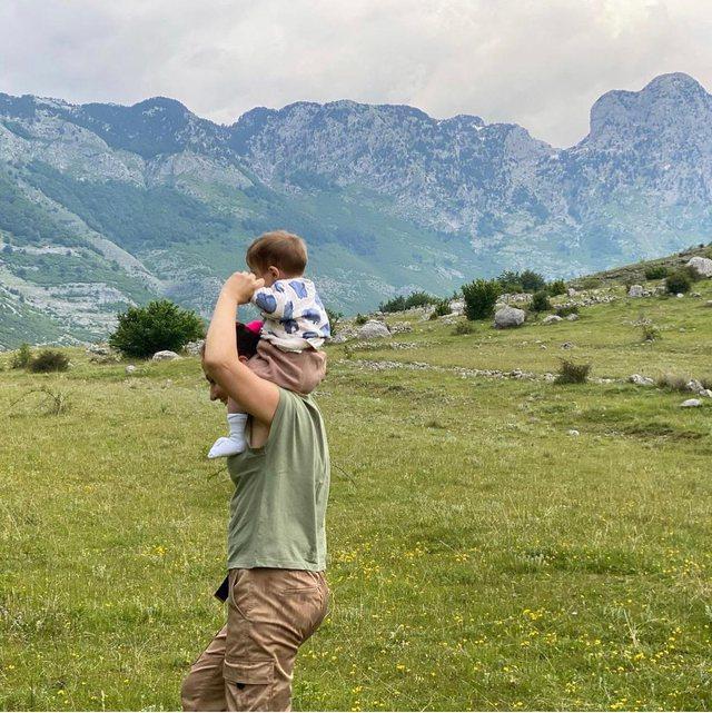 Foto/ Arbana Osmani arratiset nga Tirana, ku po e kalon fundjavën me Jonin