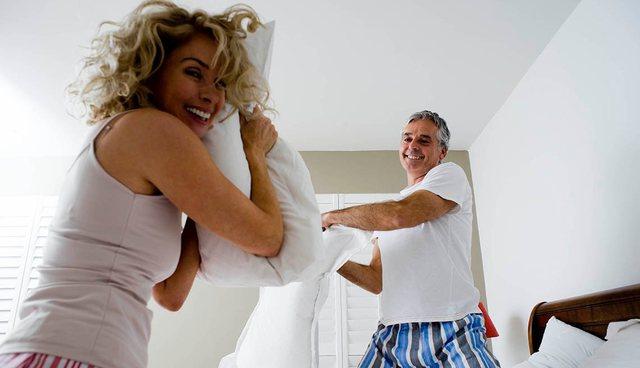Gjashtë mënyra si ta përmirësoni jetën seksuale pas