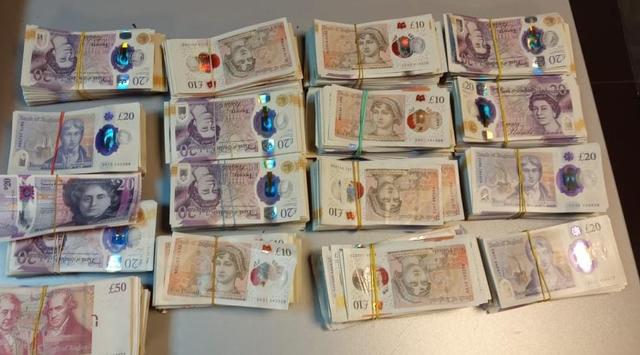 Durrës/ Sekuestrohen 86.740 mijë paund, arrestohet 21-vjeçari!