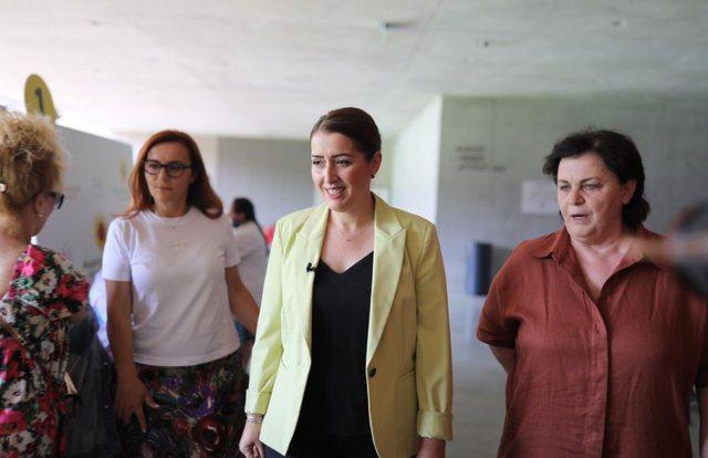 Manastirliu në Air Albania: Hapim fashën për punonjësit e