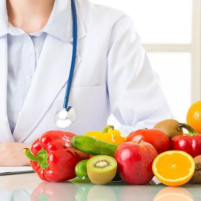 Ja çfarë rekomandojnë dietologët për të humbur