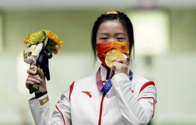 Kina fiton medaljen e artë në Lojërat Olimpike të Tokios