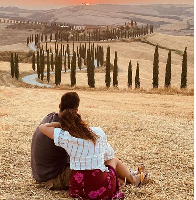 Dashuri në Toskanë/ Arbana dhe Eduarti sapo krijuan një imazh si