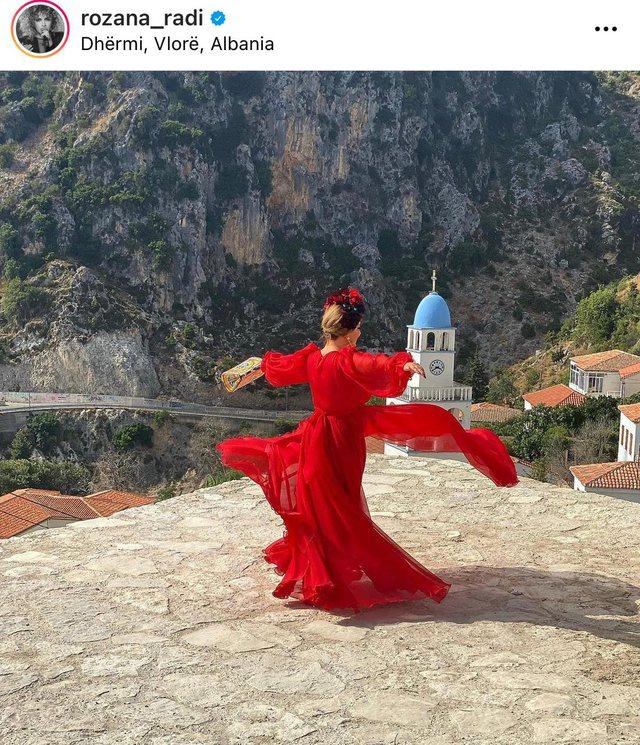 Foto/ Si e kaluan fundjavën vipat shqiptarë!