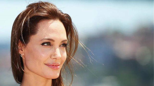 Angelina Jolie hap Instagram dhe publikon letrën e vajzës afgane: E