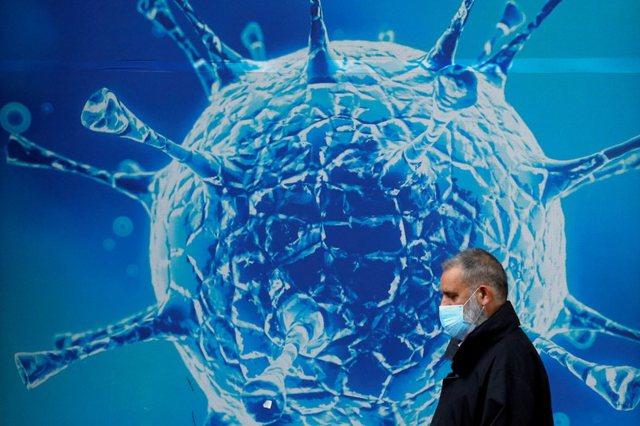 Espertët: Edhe të vaksinuarit përhapin variantin Delta!