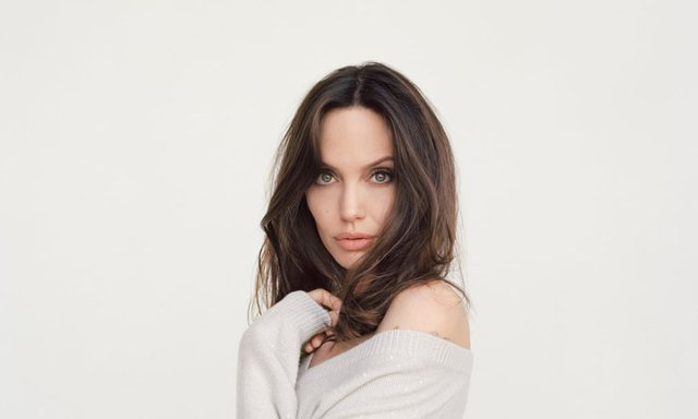 Angelina Jolie në një rrëfim si asnjëherë: Dua që