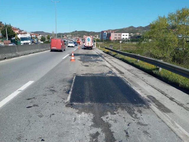 Aksident në aksin Tiranë-Durrës, automjeti përplas për