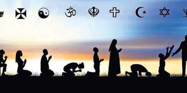 Nëse ka vetëm një Zot, pse ekzistojnë kaq shumë fe?