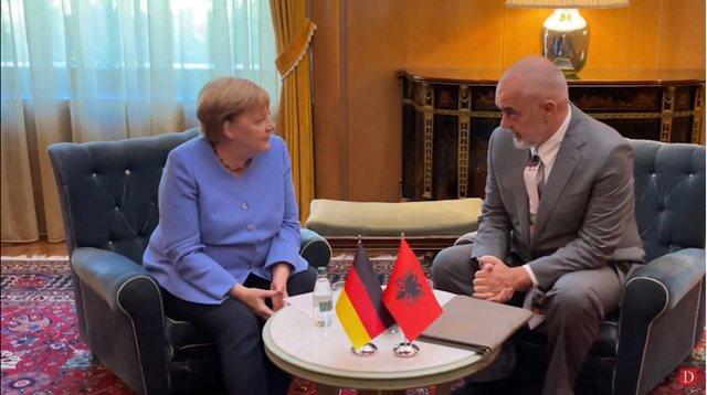 Çfarë bisedoi me dyer të mbyllura Merkel dhe Rama!