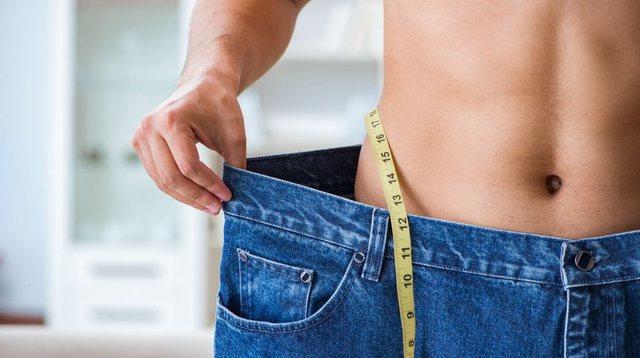Humbja e peshës apo humbja e yndyrës, ja cila është më