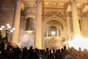 Cilin shtet të huaj akuzoi dje Vuçiç për protestat dhe a