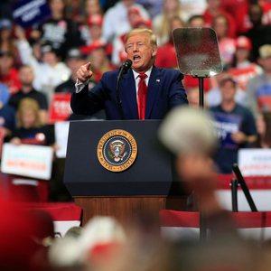 Si Donald Trump po i shtyn amerikanët të heqin dorë nga