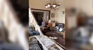 Iu shkatërrua shtëpia nga shpërthimi, e moshuara shkon të