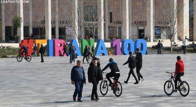 Shqipëri, ekonomia bie 10 për qind në tremujorin e dytë