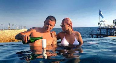Eni dhe Genci postuan foton super romantike, por çfarë fshihet pas