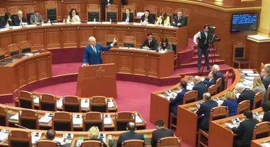 """Qeveria miraton buxhetin """"elektoral"""" të 2021: Rritje pagash,"""