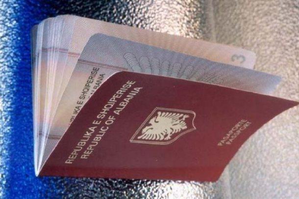 Aplikimet për pasaporta, ambasada shqiptare në Greqi njofton për