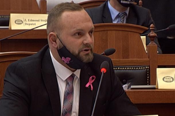 Deputeti Valteri ngre shqetësimin: Jeta e shqiptarëve në rrezik,