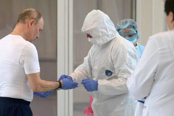 Çfarë po ndodh me Putin? Presidenti rus po refuzon të