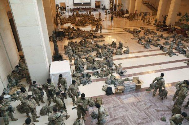 Betimi i Biden/ Ushtria që ka 'pushtuar' Kongresin kalon në