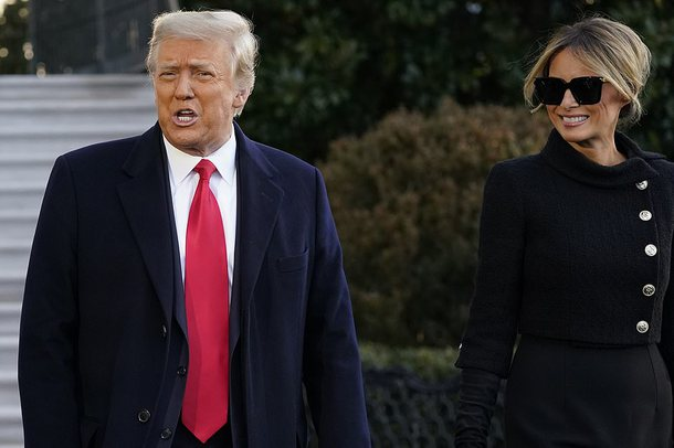 Lamtumira e presidentit/ Trump 'detyron' edhe Melanian të