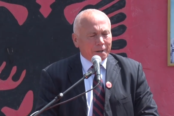 Haga thërret ushtarakun shqiptar/ Adem Shehu nga Tirana, komandoi