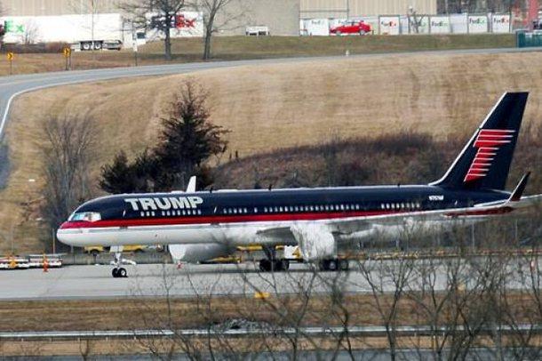 Avioni i Trump-it  ende i parkuar në aeroportin e Nju Jorkut, mendoi se