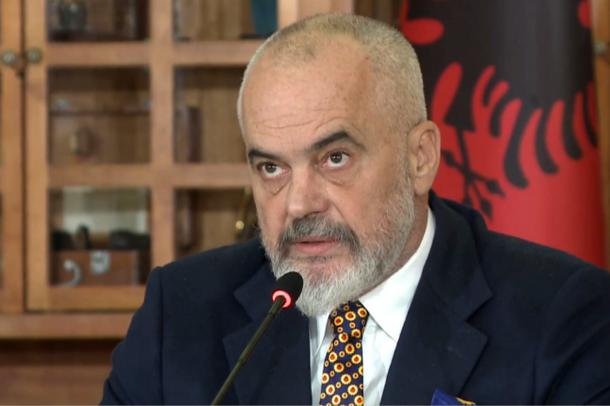 """""""Revolucioni dixhital""""/ Rama: U kemi kursyer shqiptarëve 472"""