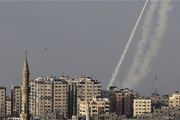 Natë luftimesh mes Izraelit e Hamasit: 250 raketa nga Gaza në 130