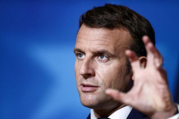 """""""Tjetër shuplakë në fytyrë"""" për Macron"""