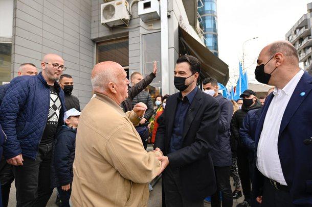 Socialisti i del përpara Bashës: 14 vjet votova për PS, kurse