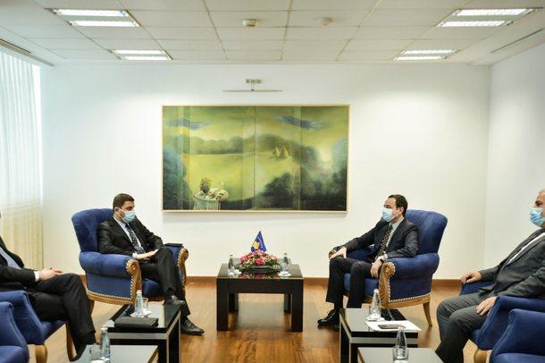 Tensionet me Serbinë! Situata në veri bashkon Albin Kurtin dhe