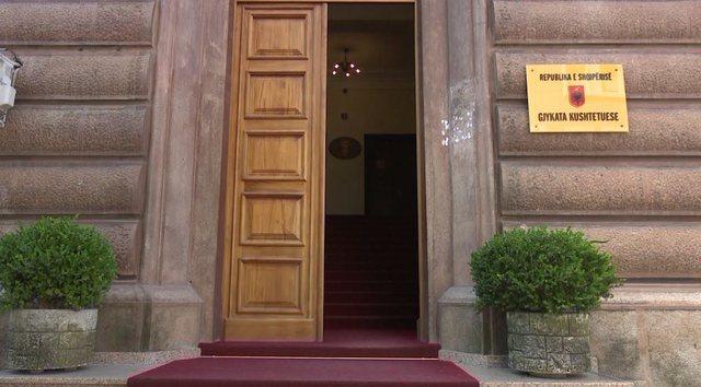 LAJMI I FUNDIT / Gjykata Kushtetuese i drejtohet Venecias për zgjedhjet e