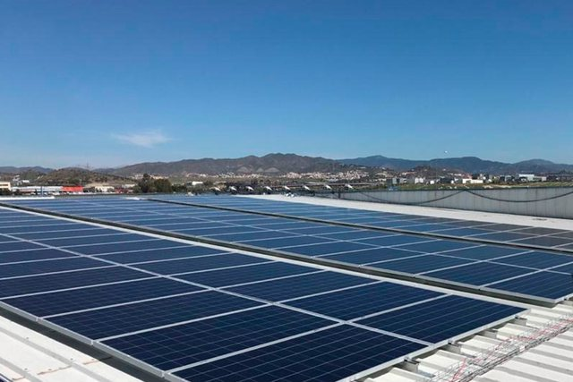 Spanja akuzohet se po minon politikat e BE për energjinë e rinovueshme